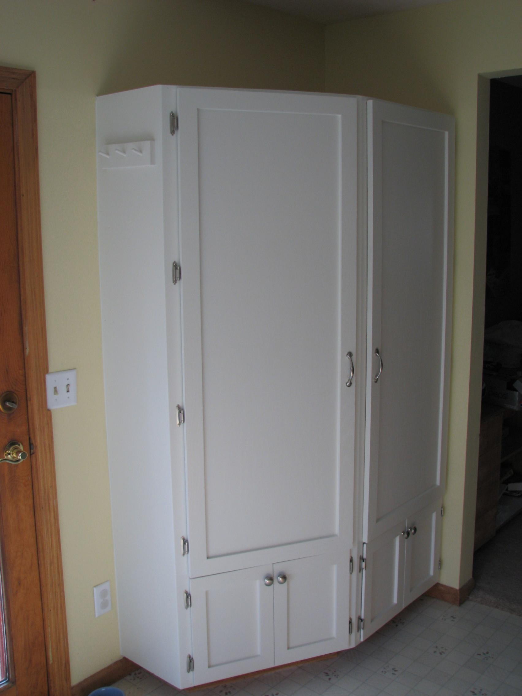 Need an airless paint sprayer for cabinets painting for Airless paint sprayer for kitchen cabinets
