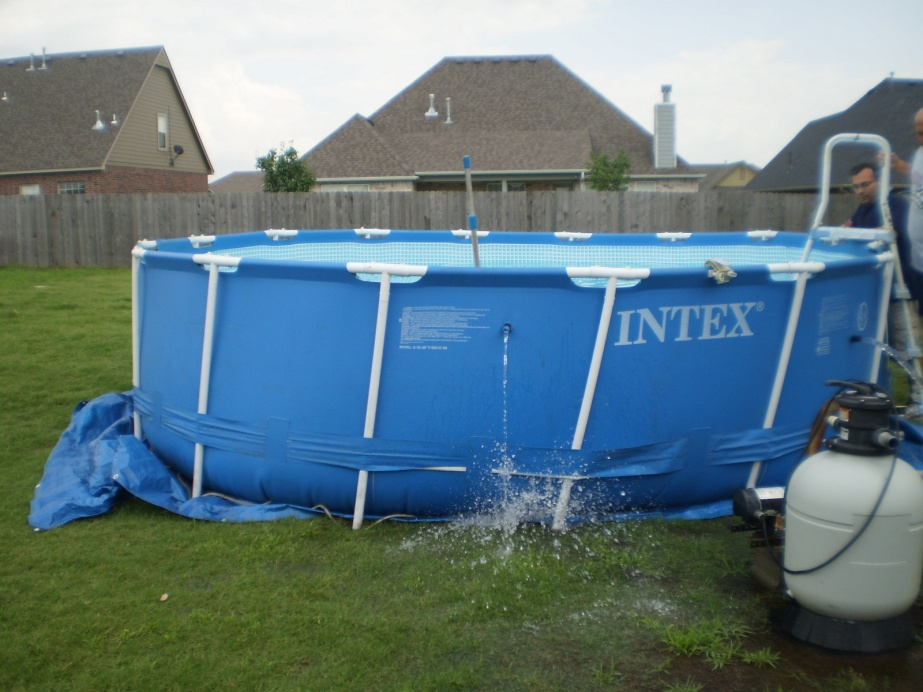Temporary pool leveling landscaping contractor talk - Draining a swimming pool may be a bad idea ...