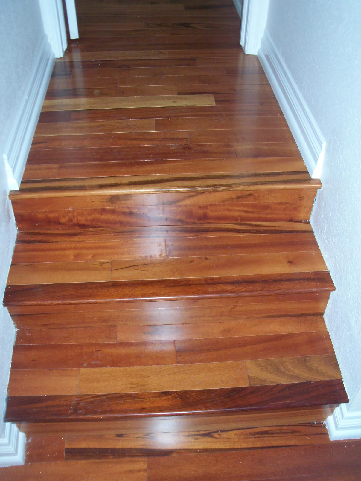 Brazilian Koa (Tigerwood) Splitting - Flooring ...