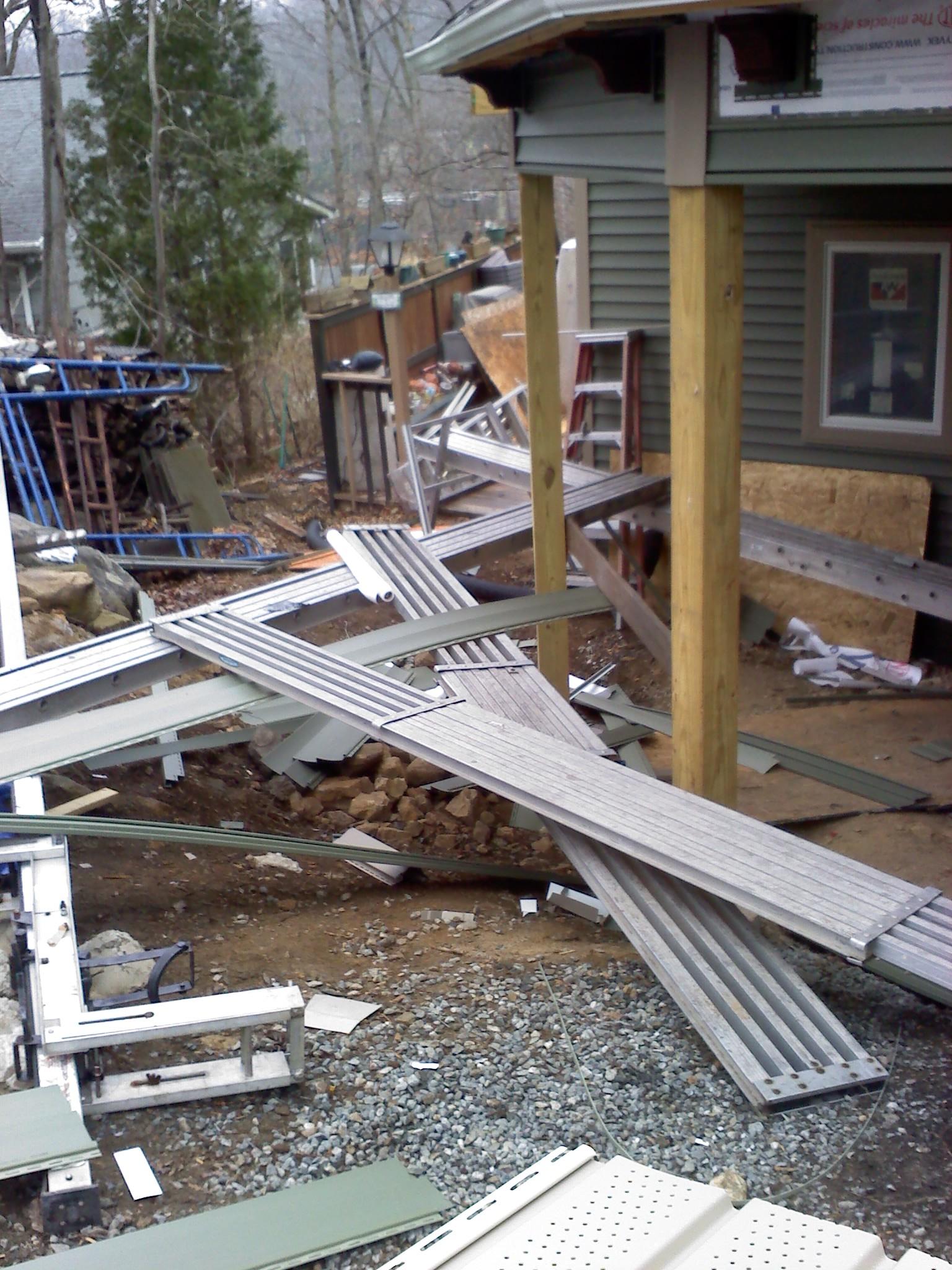 Scaffolding Vs Pump Jacks Vs Ladder Jacks Tools