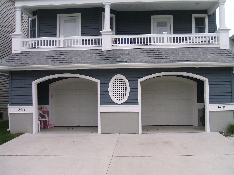 Garage Door Frame ?