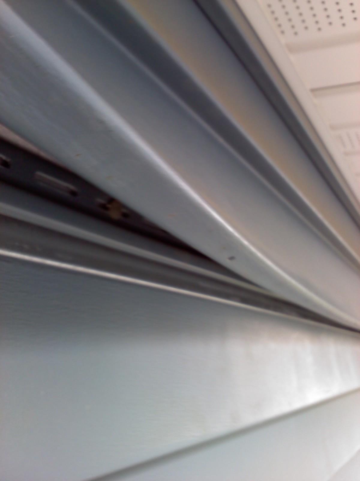 vinyl siding problem-0625111435a.jpg