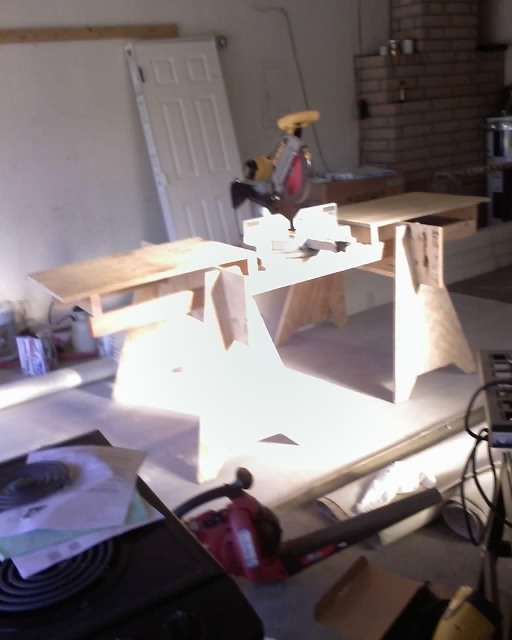 miter saw bench-09-21-09_1709.jpg