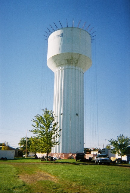 Sandblasting a water tower..WOW-0970836-r1-012-4a-resized.jpg