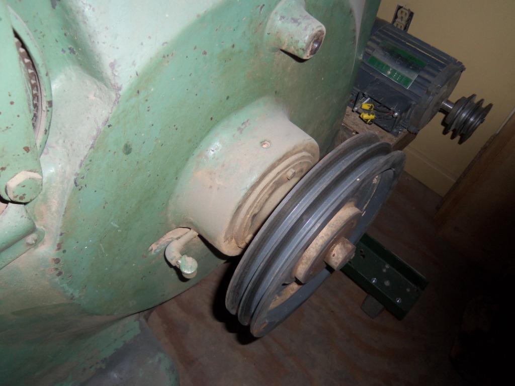 1927 Oliver 117-A Bandsaw Restoration.....-100_0924.jpg