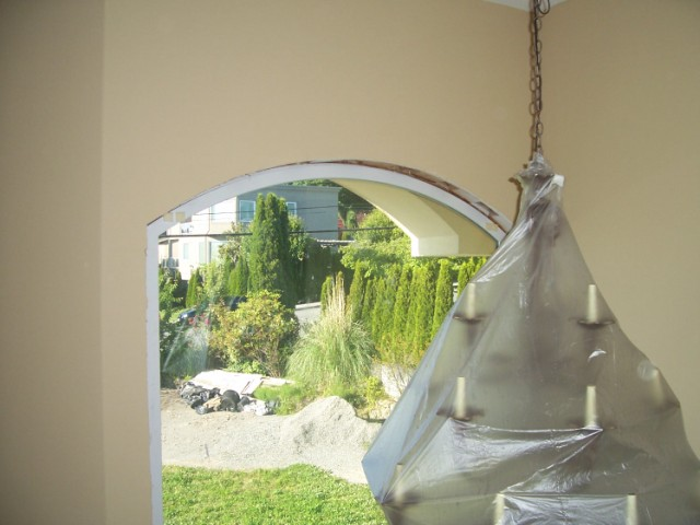 How to trim an arched window-100_5850.jpg