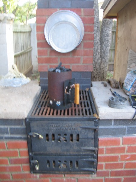 This Could Take a While.... (Yet another wood-fired oven thread...)-102012pizza5.jpg