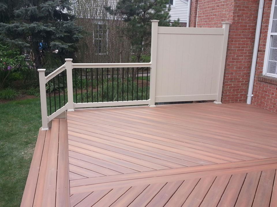 fence section on a deck-11263953_1438260323142258_2245931386773051750_n-1-.jpg