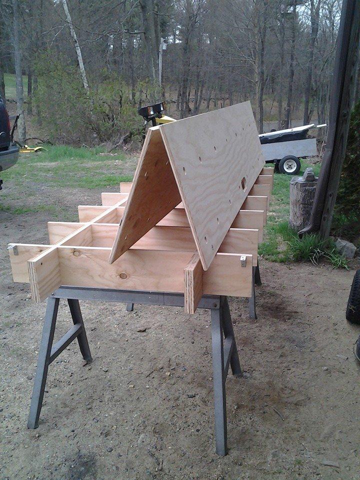 Portable work bench-13096273_10201900226985052_3286532832963166347_n.jpg