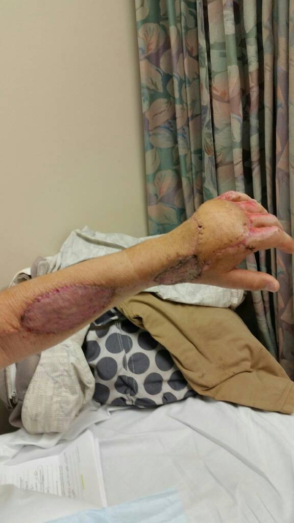 been in the hospital all week [Disturbing Pictures]-1417458436480.jpg