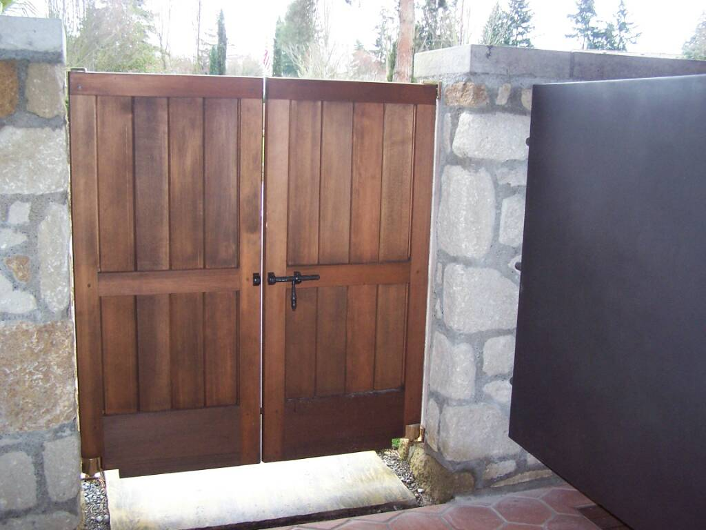 Installing A Fence Gate At Stairs Going Up General