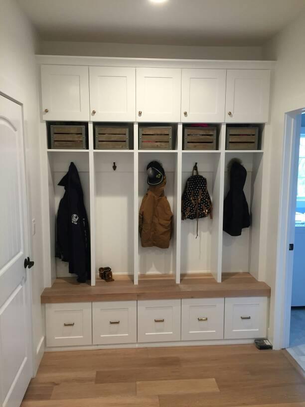 Mud Room Locker Height 1464912779332