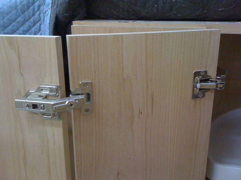 Corner Cabinet Hinge Contractor Talk, Kitchen Corner Cupboard Door Hinges