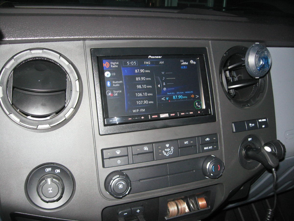 Motorized screens for stereos in work trucks?-2012-superduty-165a.jpg