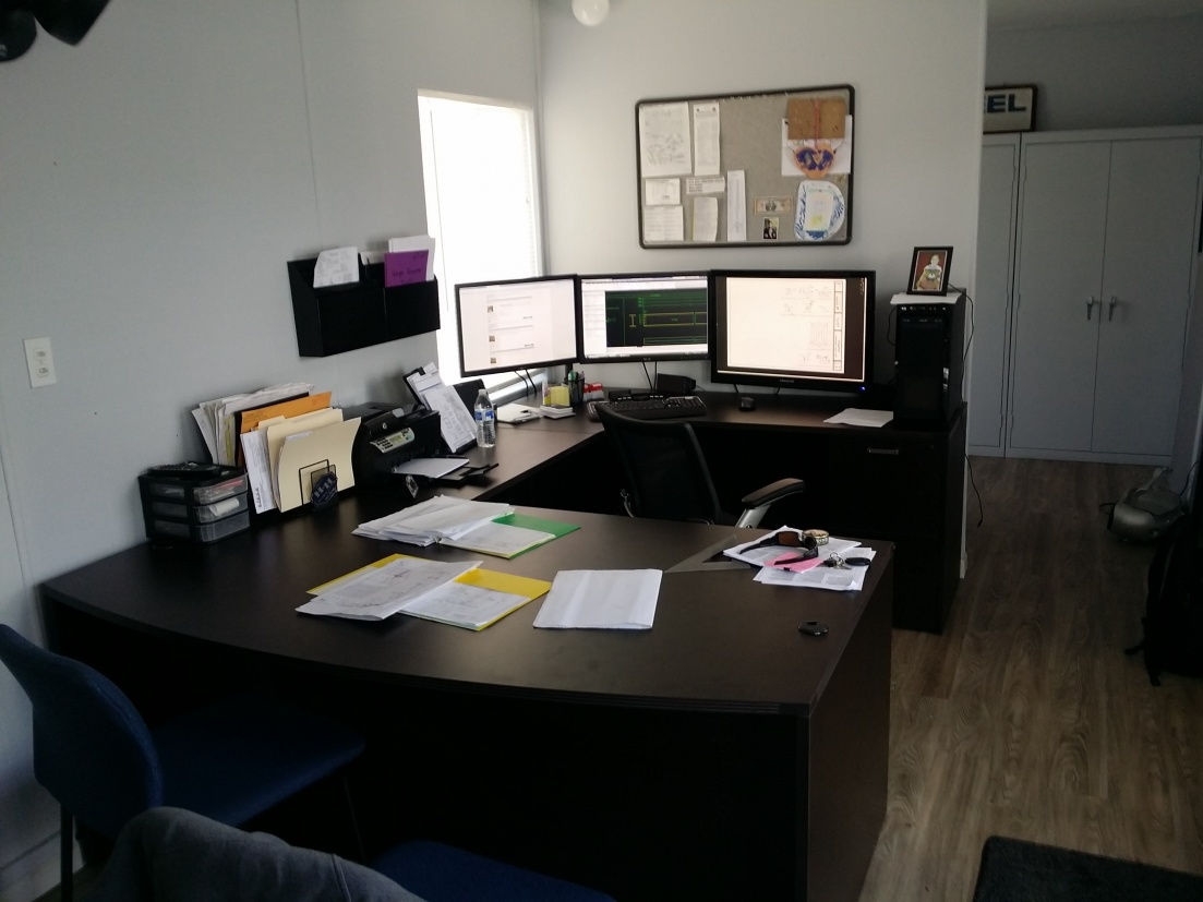 "Lets see your ""Command centers"" fellow geeks!-20150303_103119.jpg"