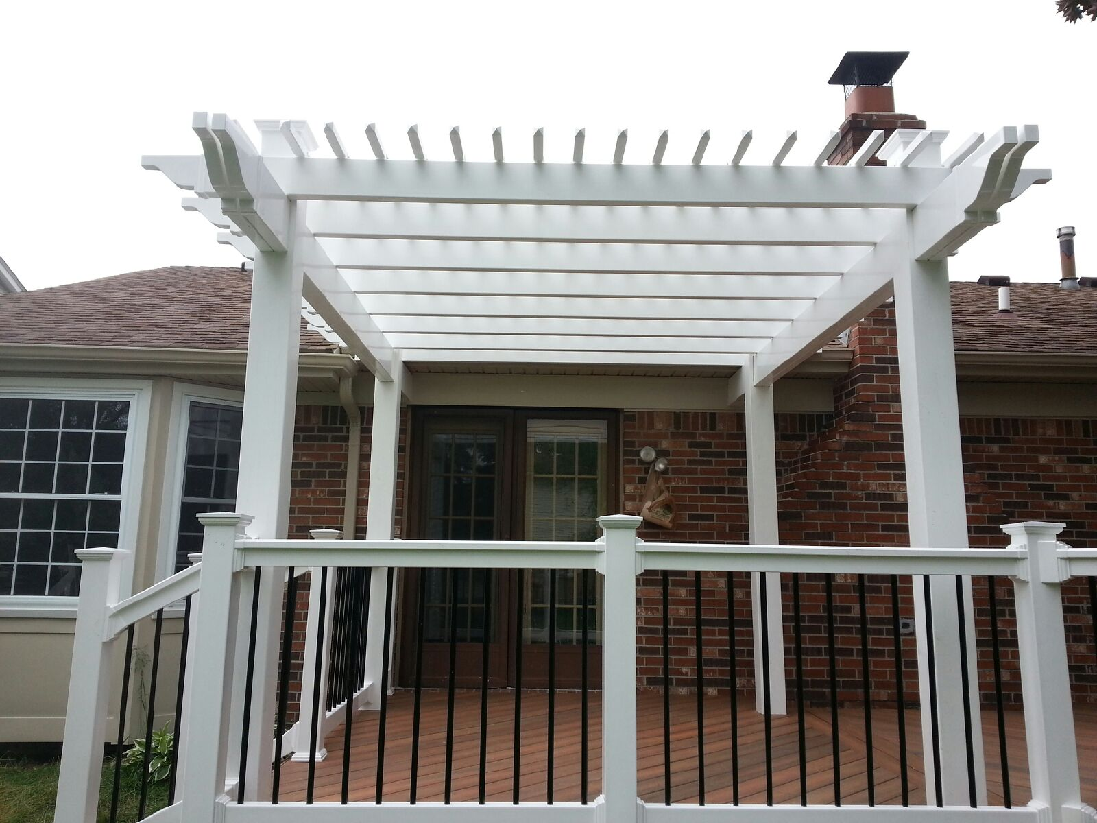 vinyl aluminum pergola kits decks fencing. Black Bedroom Furniture Sets. Home Design Ideas