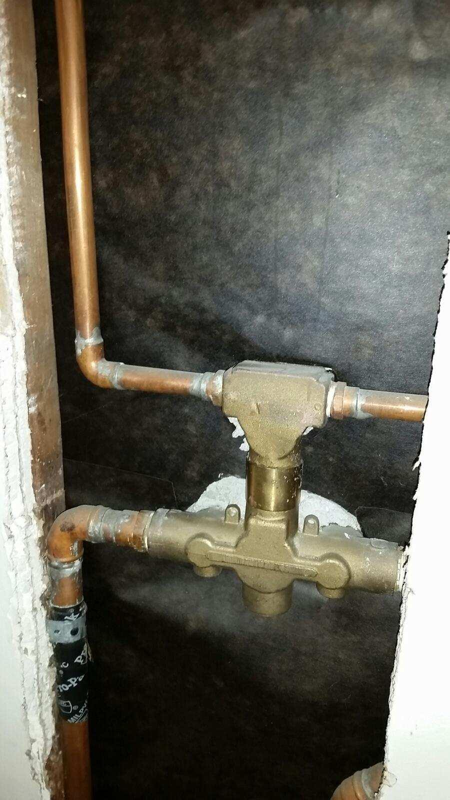 Recogize this shower diverter?-2015090295102622.jpg