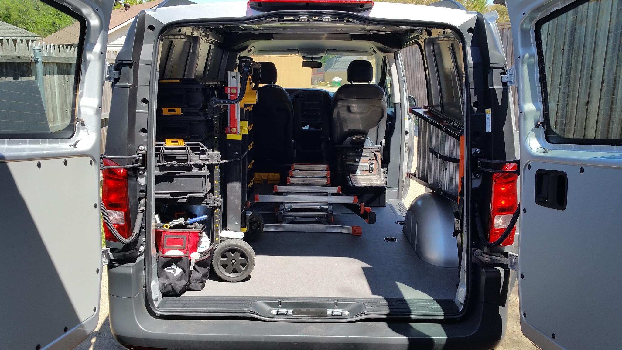 New van for work mercedes metris vehicles contractor for Mercedes benz work vans