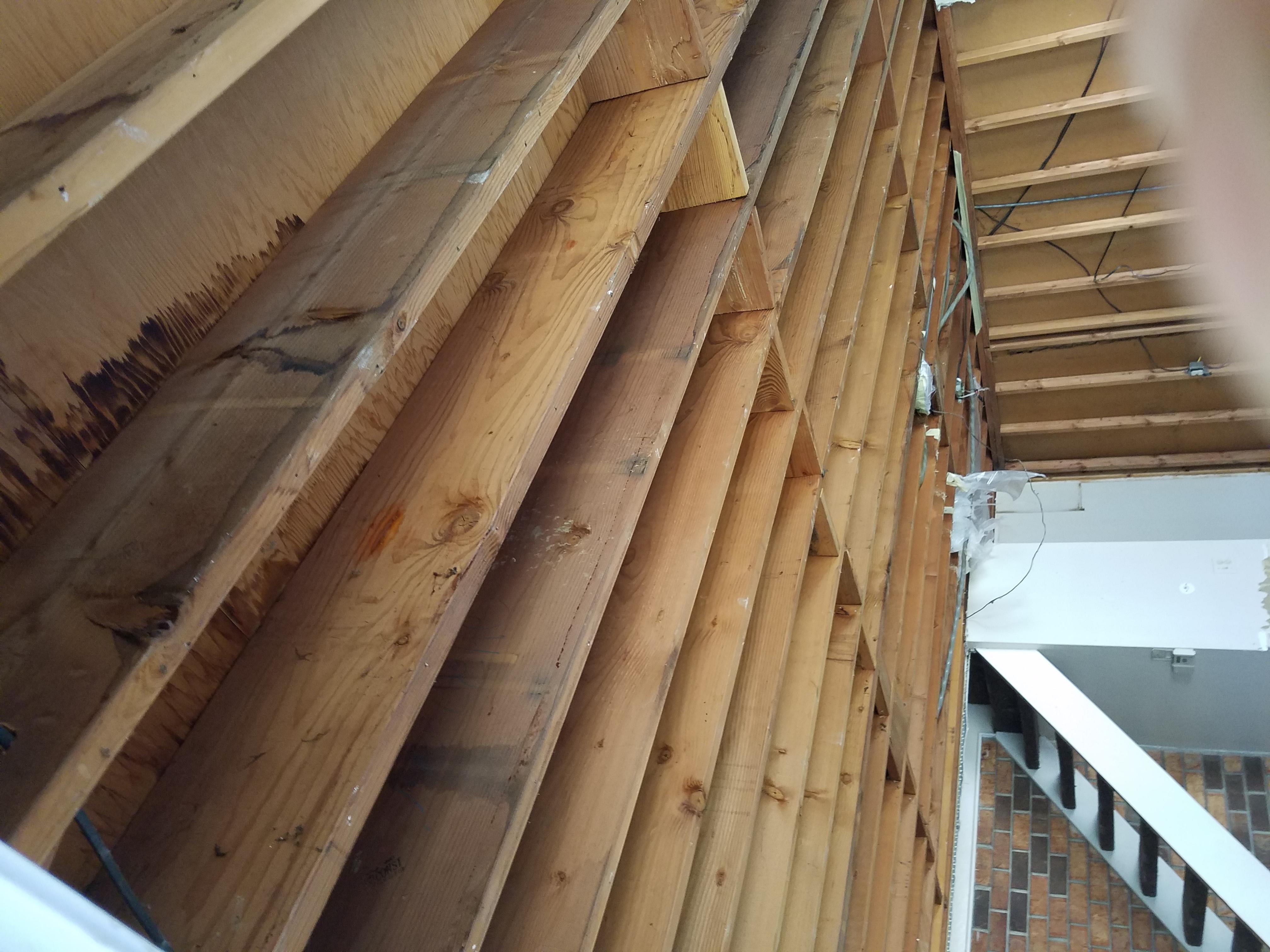 Insulation between floors (Should i insulate?)-20170815_143613.jpg
