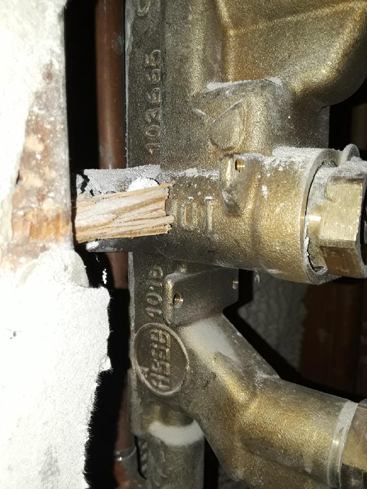 Moen valve and diverter-20180208_140648_1520010933511_1520114514262.jpeg