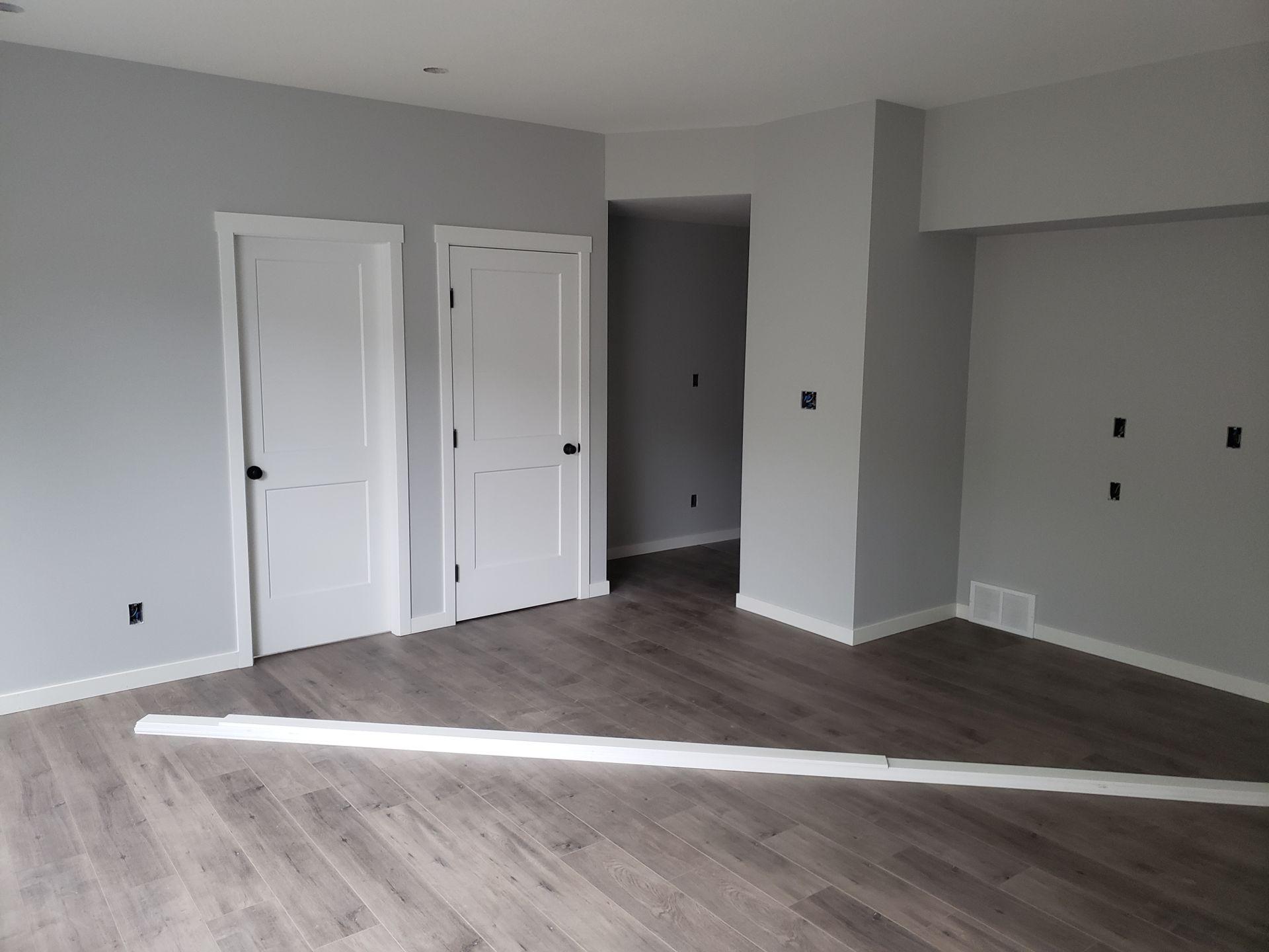 Cutting trim inside finished house-20180930_154138-01.jpeg