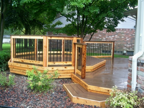 how to build a low deck