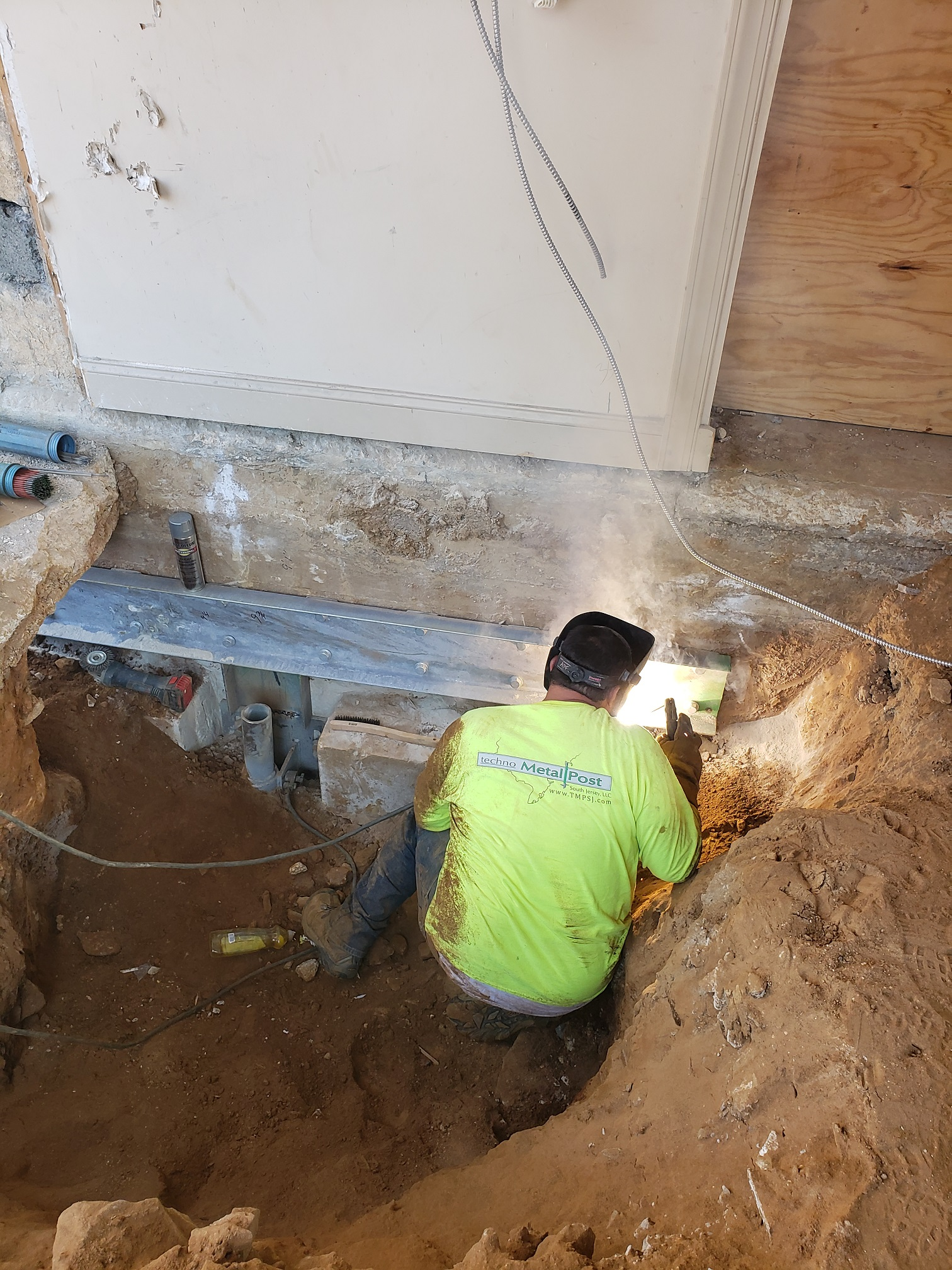 Helical shoring and underpinning-3.jpg