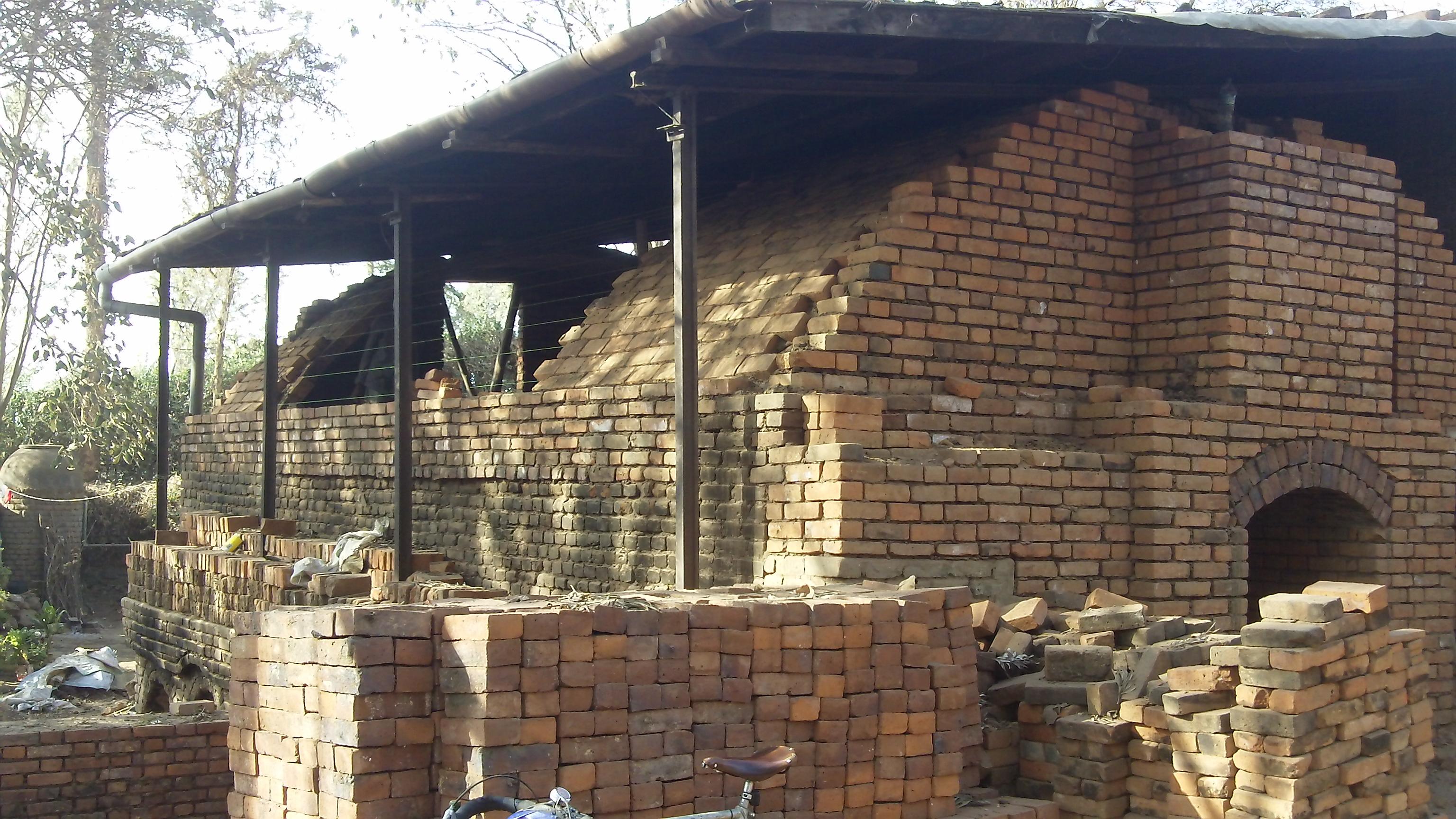 Clamp kiln vault and chimney-303_0535.jpg