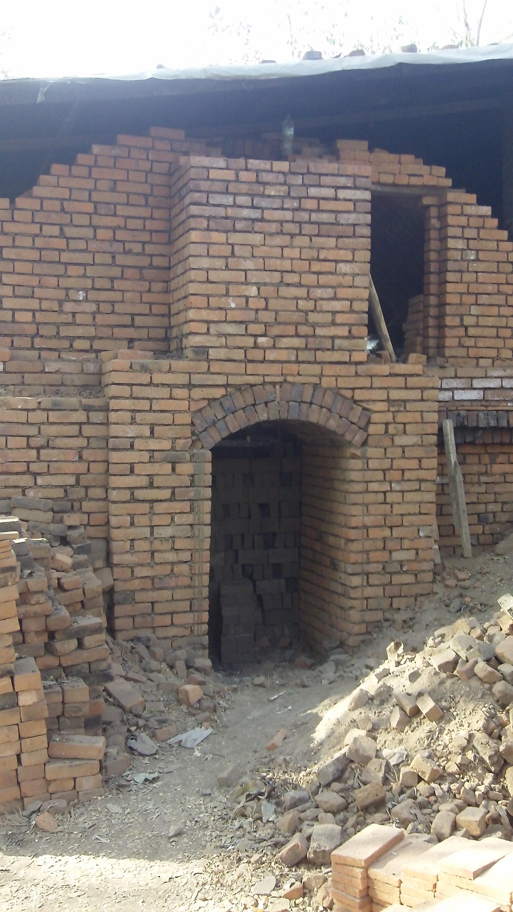 Clamp kiln vault and chimney-303_0536.jpg