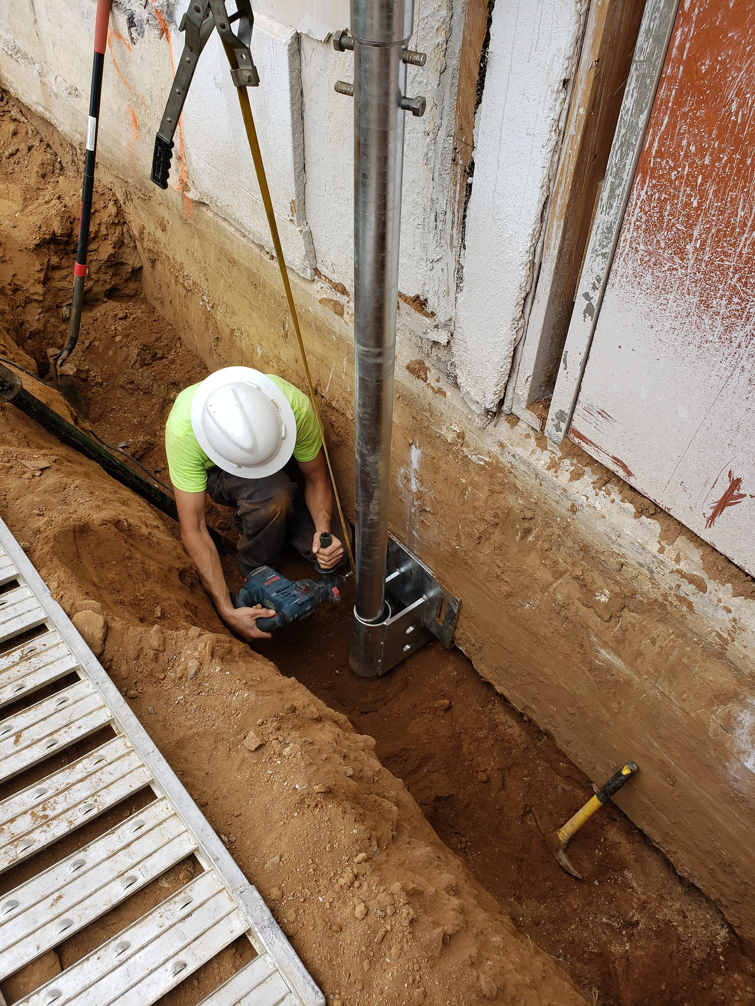 Helical shoring and underpinning-4.jpg