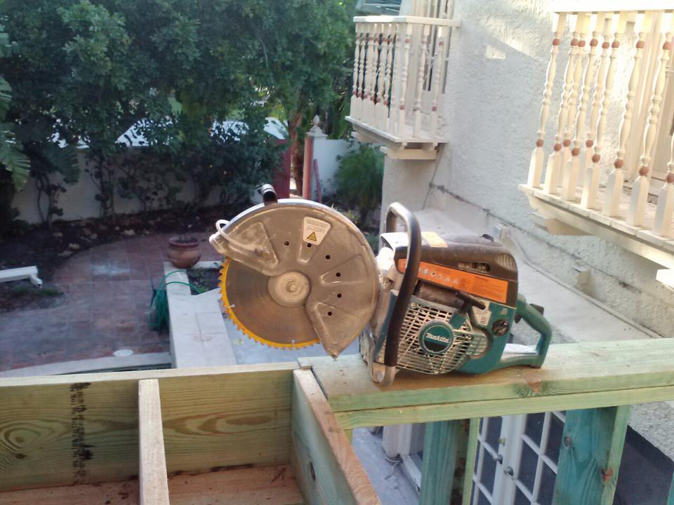 Excellent use for old miter saw blades-562641_10200986023597678_1140349158_n.jpg