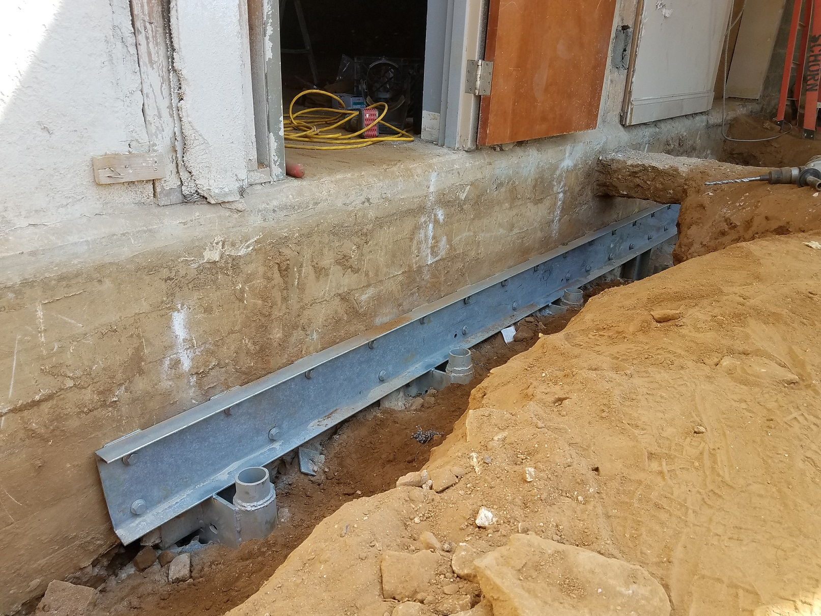 Helical shoring and underpinning-7.jpg