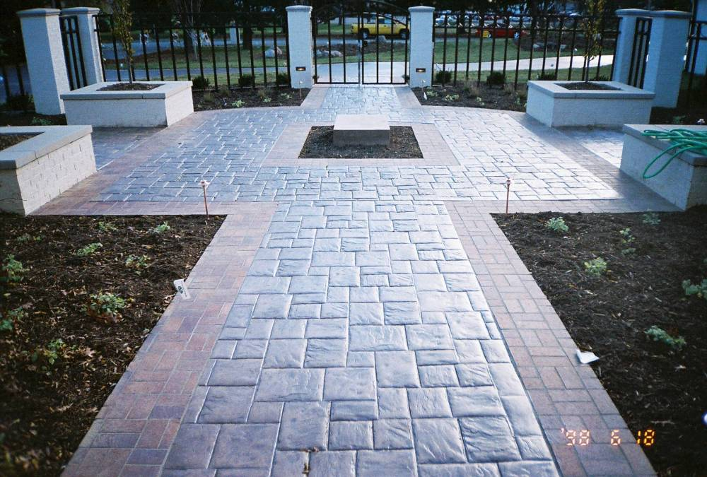 Stamped Concrete Drive-743986-r1-046-21a.jpg