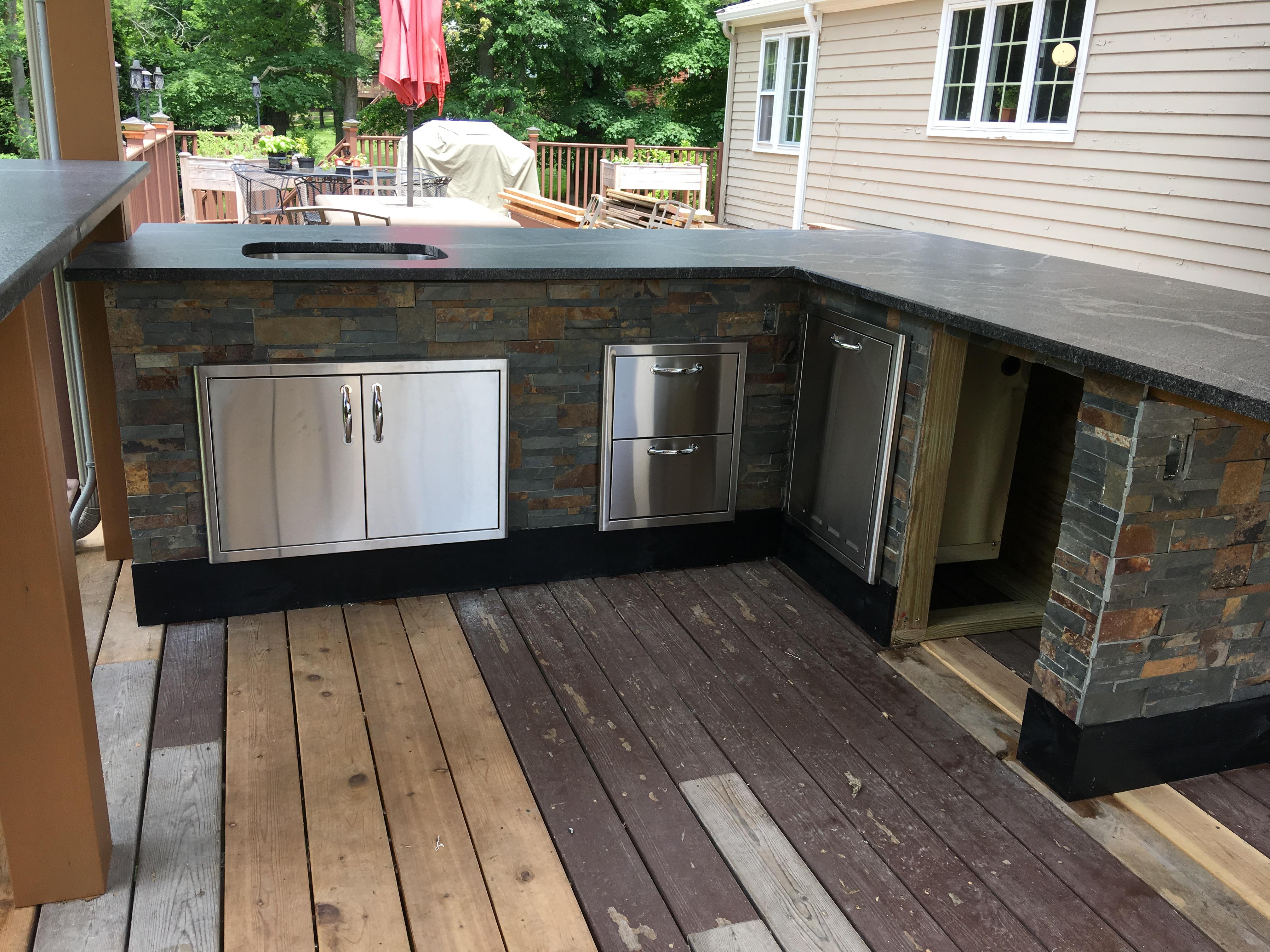Outdoor kitchen island-8cdf04ac-61c5-4876-858d-6424f4cd6f6e.jpeg
