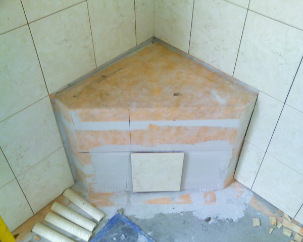 Pre Formed Corner Seats - Tiling - Contractor Talk