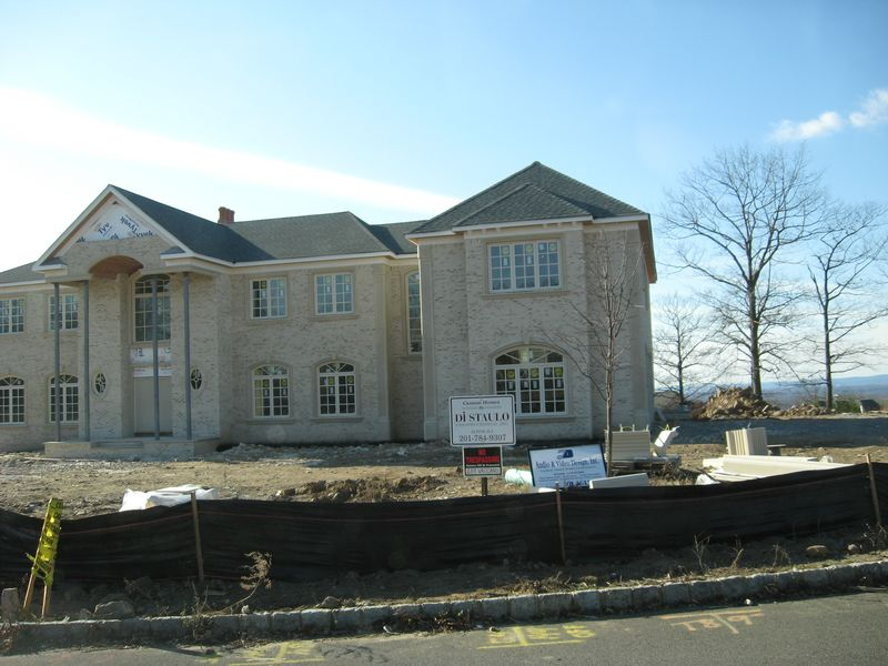 Still some nice houses going up in Jersey..-alpine-004-p-.jpg
