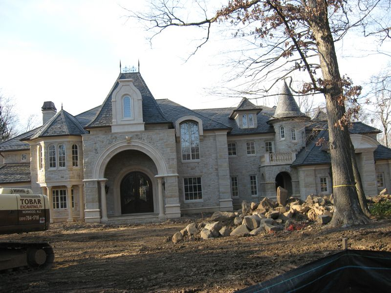 Still some nice houses going up in Jersey..-alpine-023-p-.jpg