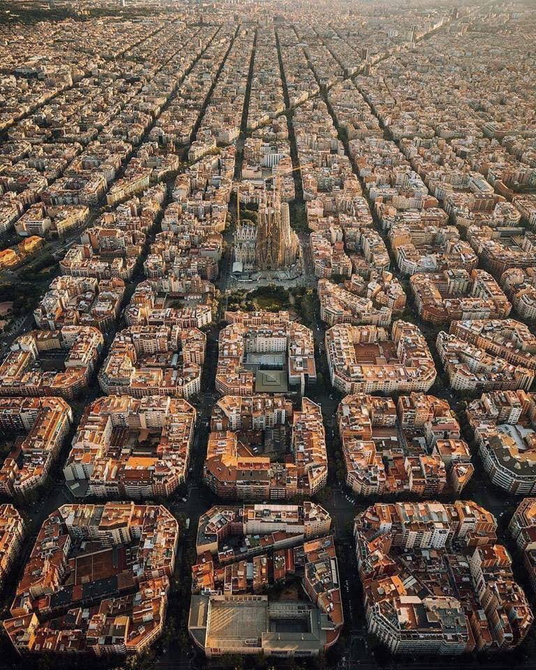 Random Pictures for Fun.-barcelona-spain.jpg