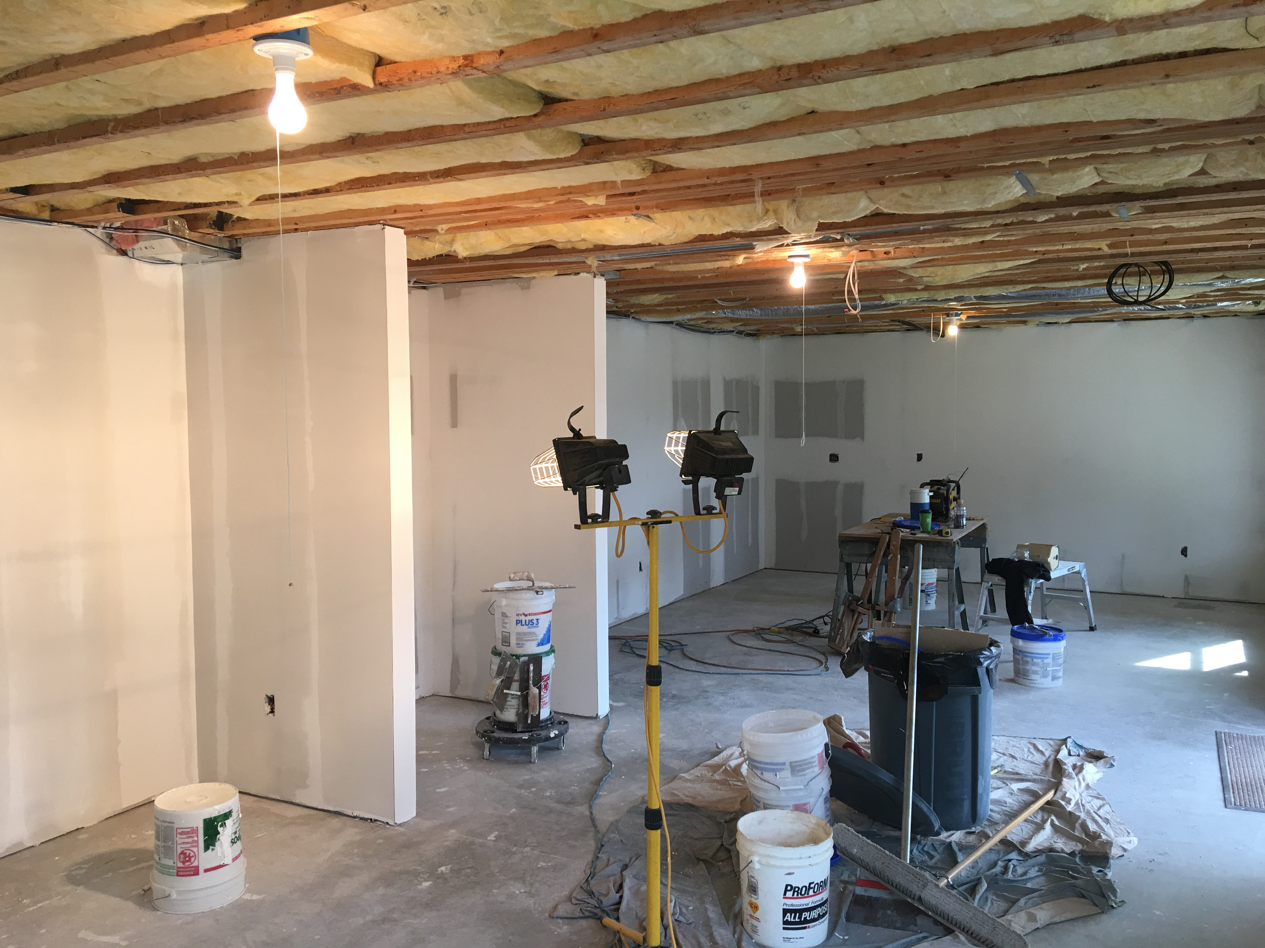 Finish basement skim coat level five-bb2af172-a02e-401c-b83e-5be9d7129acb.jpeg