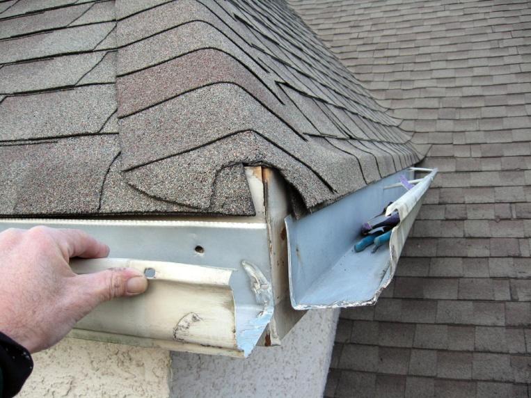 Repair leaky gutter corners