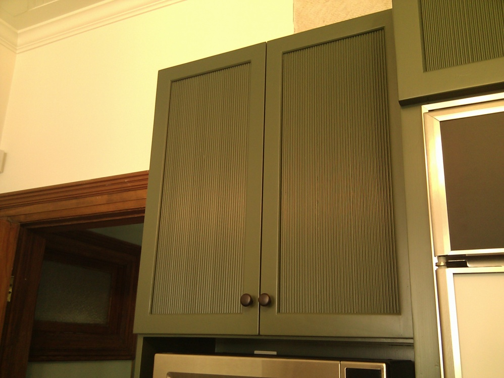 Painting Previously Varnished Kitchen Cabinets