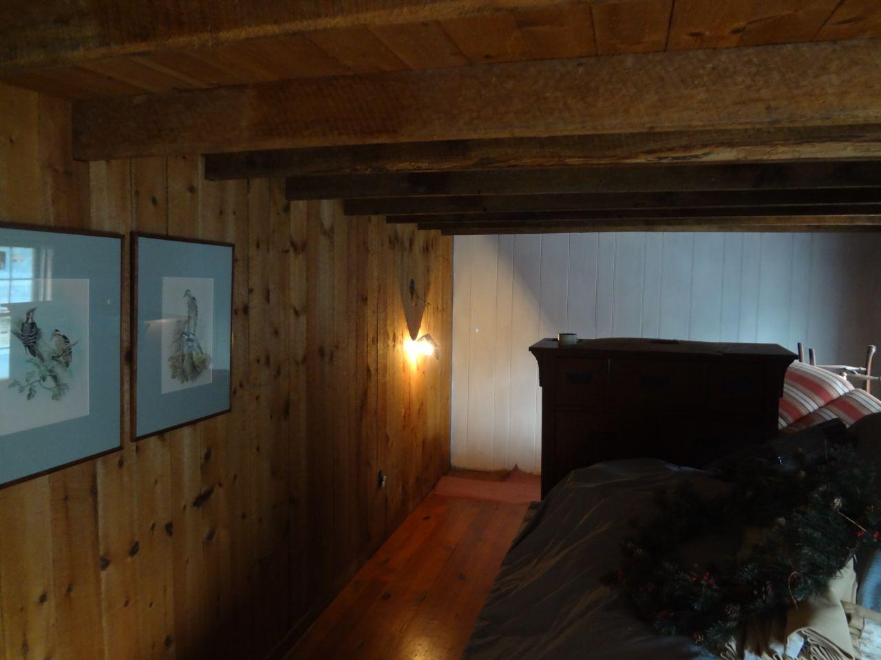 1800's Cabin w/ 50's,80's etc Addition-cabintwall04.jpg