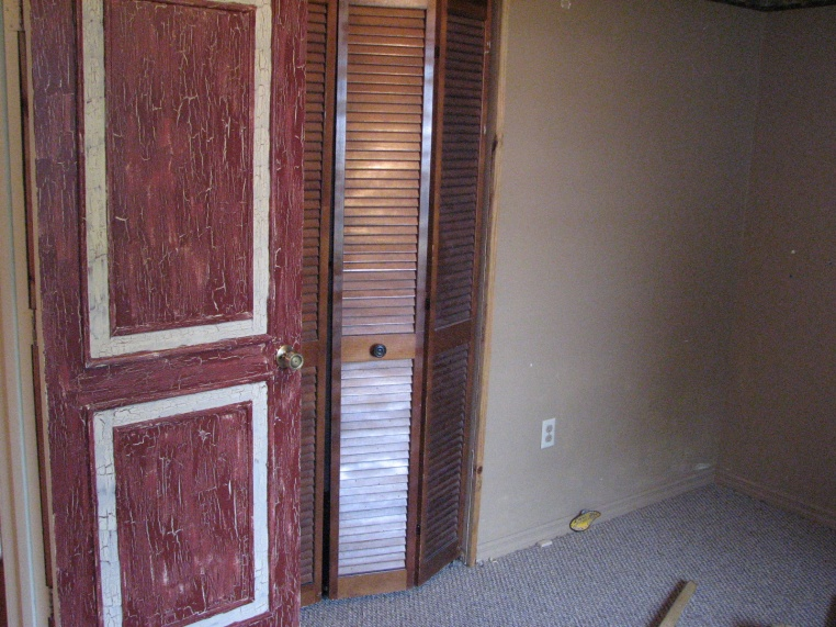 Extreme Home Makeover- Jerry Springer Edition-cocoa-remodel-sbi-art-032.jpg
