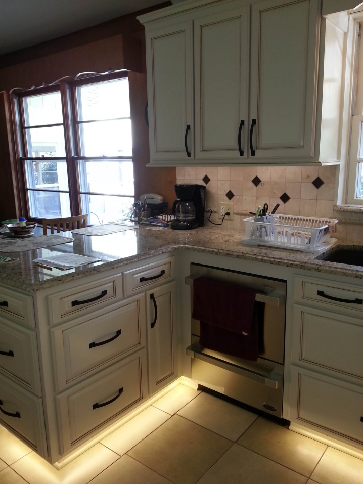 Kitchen rebuild with lots of lighting.-cohen4lo.jpg