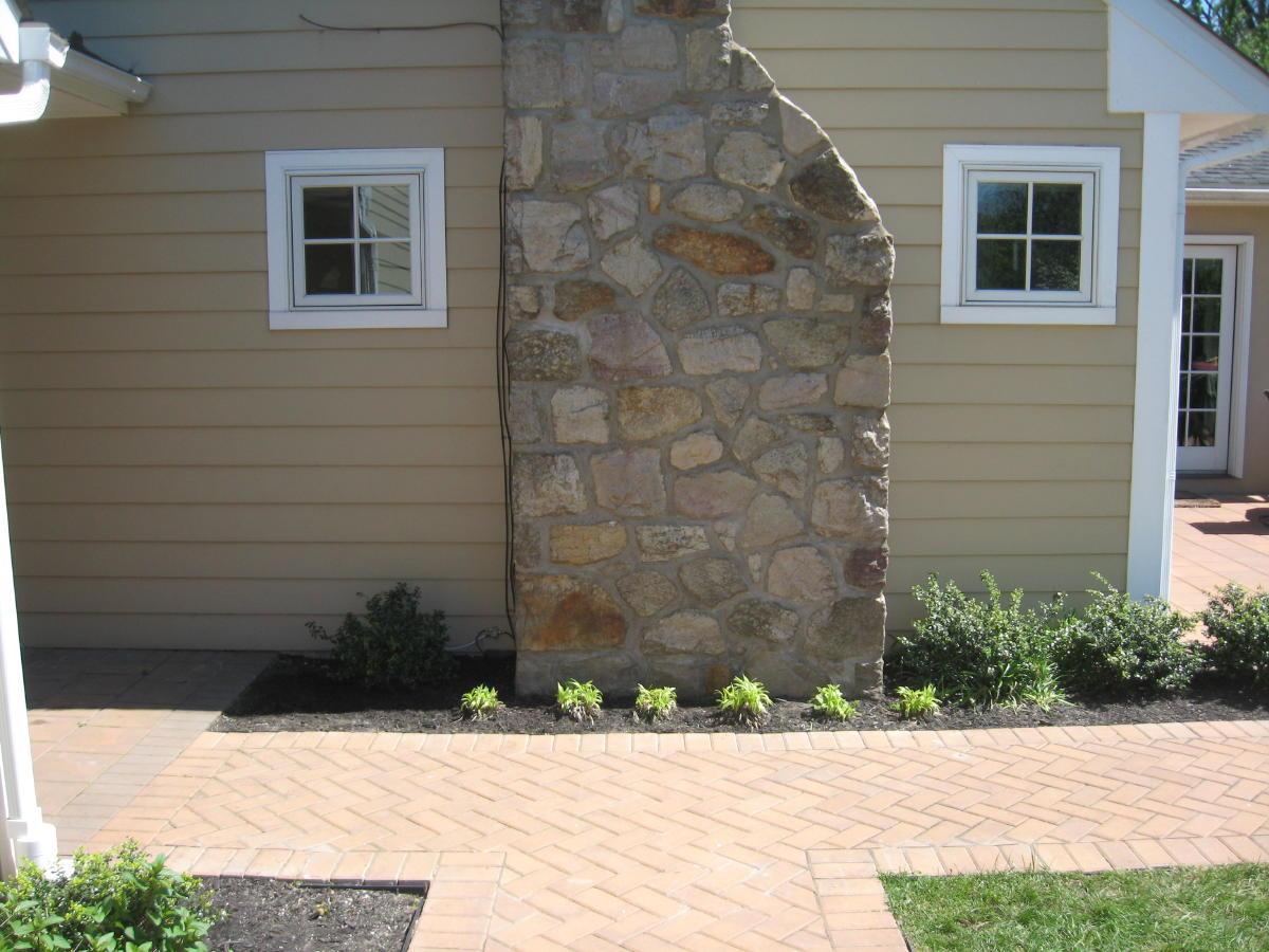 Stone chimney repoint-conroy-chimney-112a.jpg