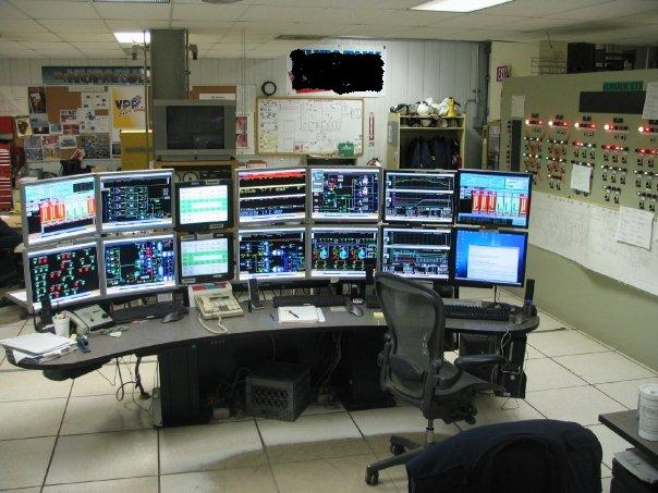 "Lets see your ""Command centers"" fellow geeks!-control-room.jpg"