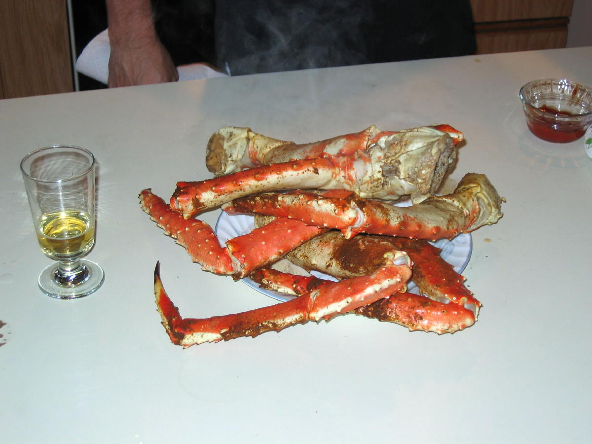 Life does not suck tonight-crab-legs-004a.jpg