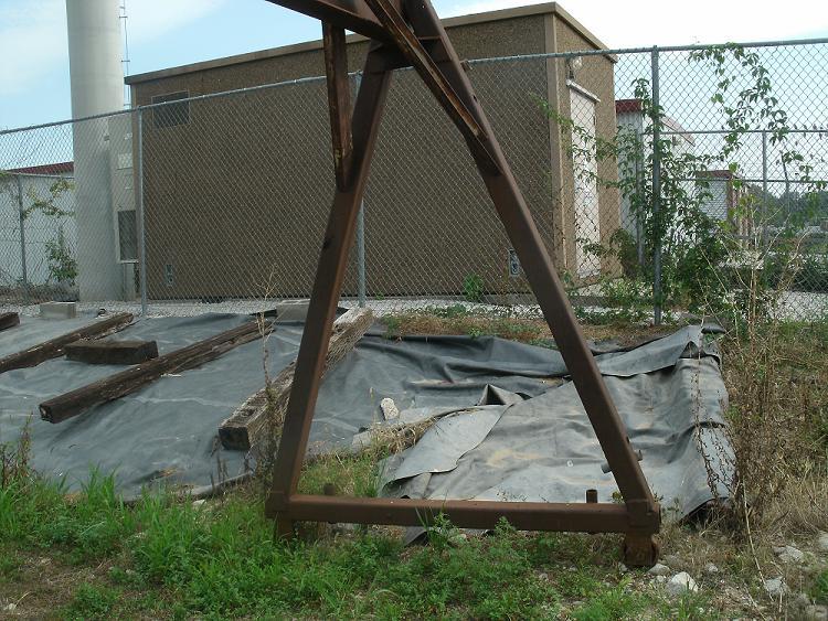 Building a gantry crane welding steel trades for Make a crane