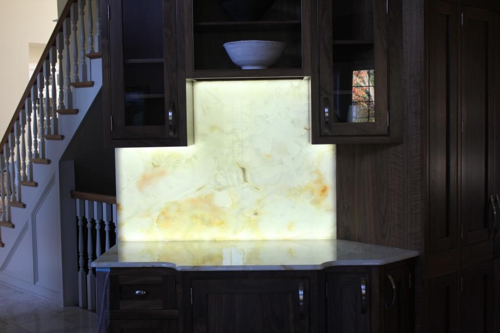 Genial Backlit Onyx Countertops Custom Shape Led Panel Onyx Backsplash.