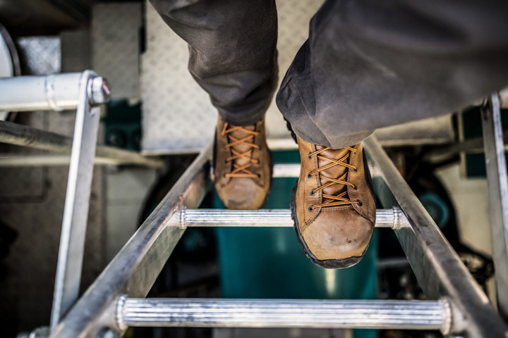 AUTUMN GIVEAWAY: Danner Stronghold Boots-danner1.jpg